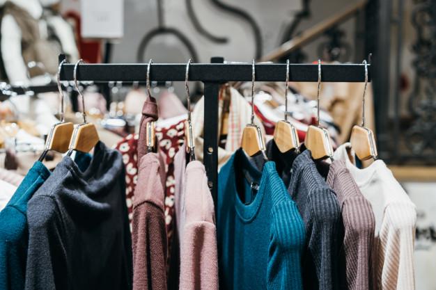 tøjstativ til butik